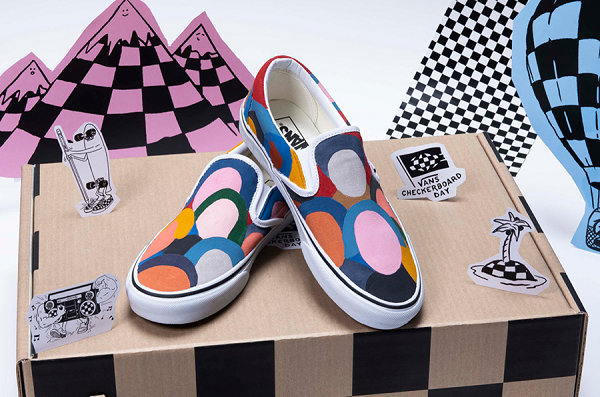 "范斯 x eBay 联名""Checkerboard Day Charity""慈善系列即"